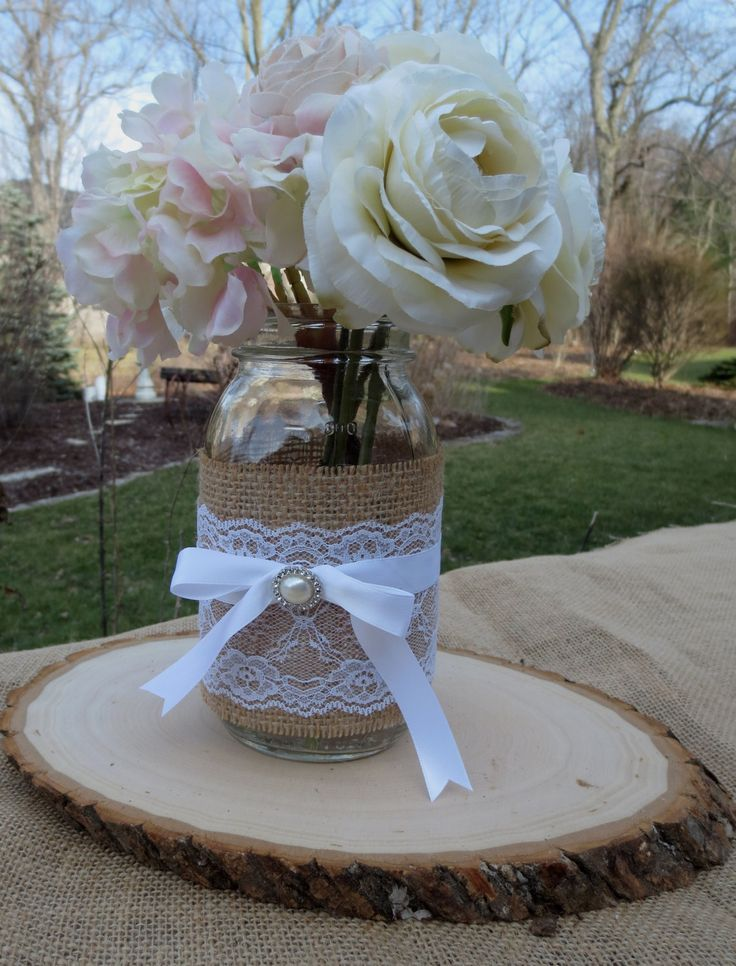 Decorated mason jar and wood slice wedding centerpieces for Mason jar wedding centerpiece ideas