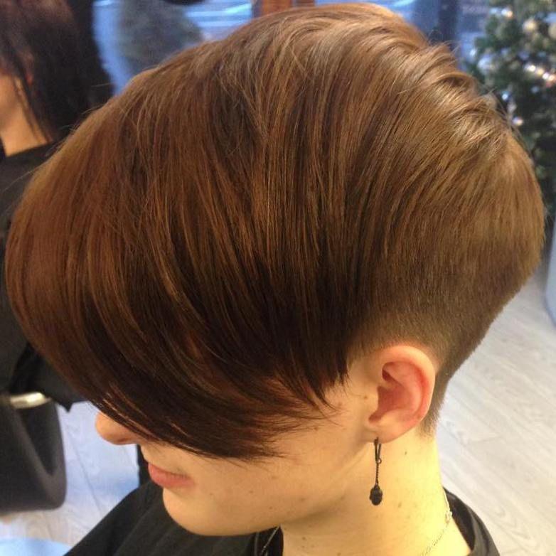 20 Wonderful Wedge Haircuts Wedge Haircut Haircuts And Long Bangs