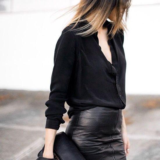 Black leather skirt and black shirt. #street #style #woman #fashion