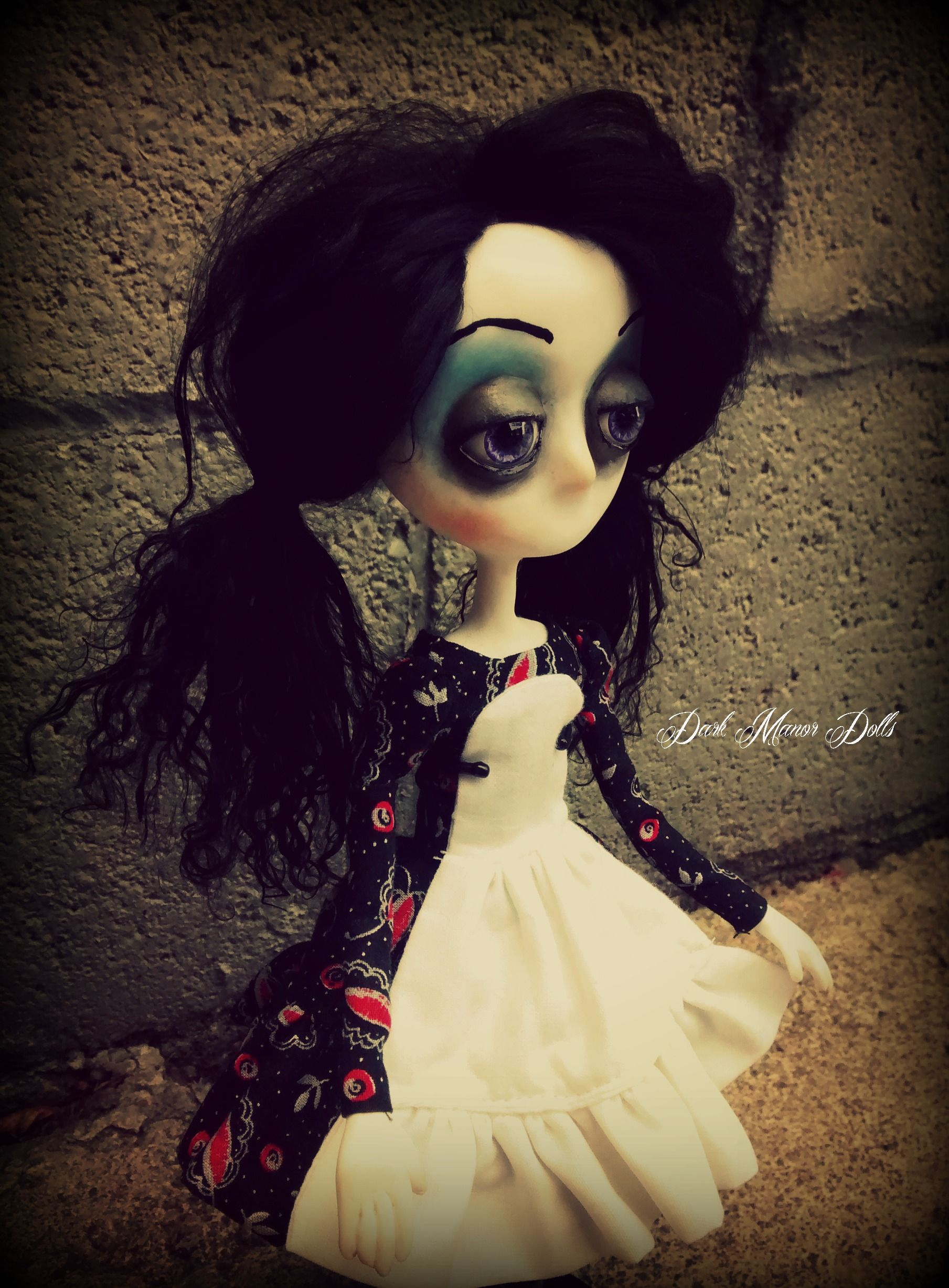 Gothic Art Doll by Dark Manor Dolls: Luna