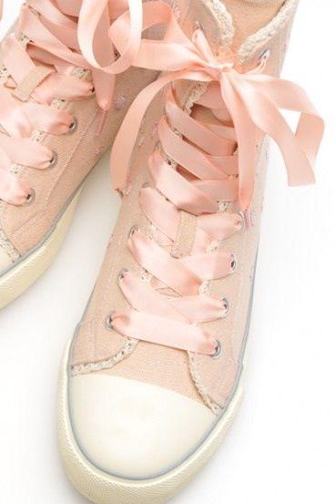 4001ca03dc85f6 Pink