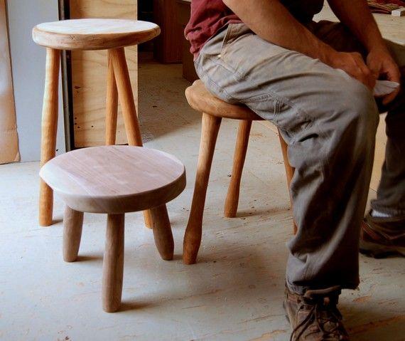 italienisch küchenmöbel milkmaid stool gray works design holzkunst pinterest