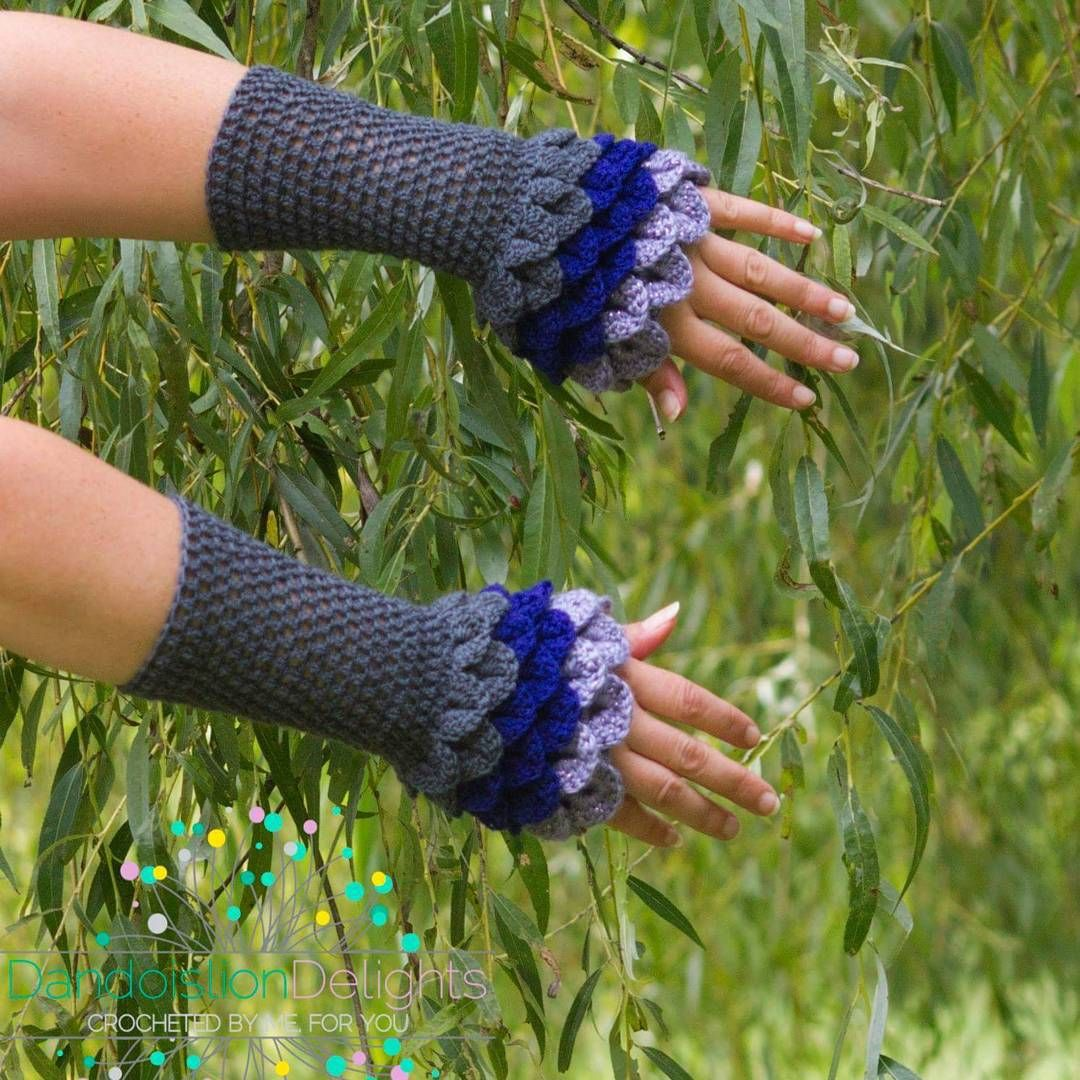 Gray and purple Dragon Scale Fingerless Gloves. $20 plus shipping.  #GoT #dragon #fairy #fantasy #fashion #fairytale #onceuponatime #cosplay #costume #crochet
