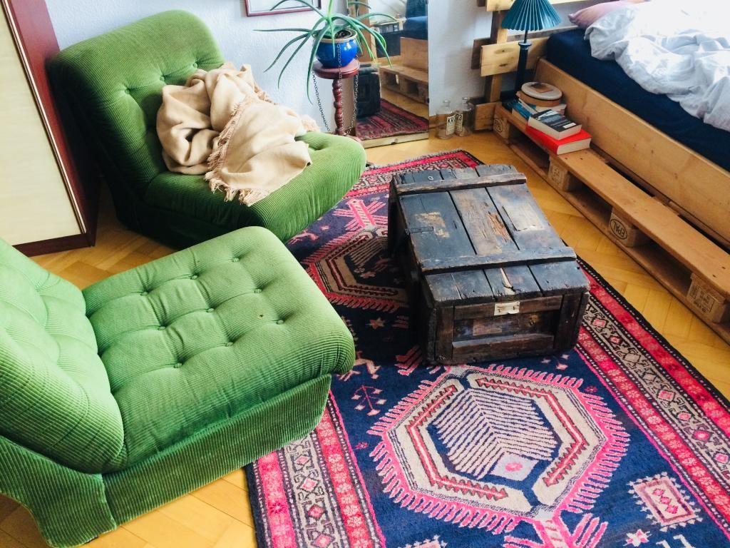 Vintage Sessel in Smaragdgrün - passend zum Frühlingsbeginn. #grün ...
