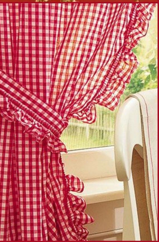 Red Gingham Curtains ❤️