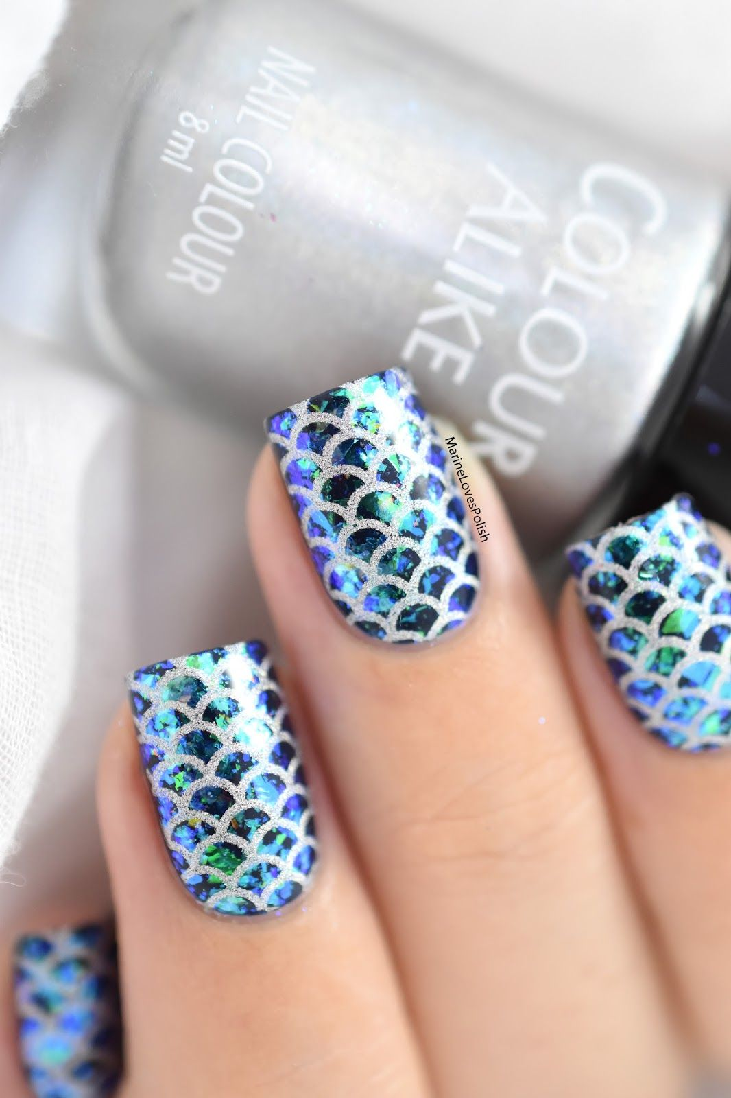 Mermaid nails with What\'s Up Nails Breeze Flakies [VIDEO TUTORIAL]