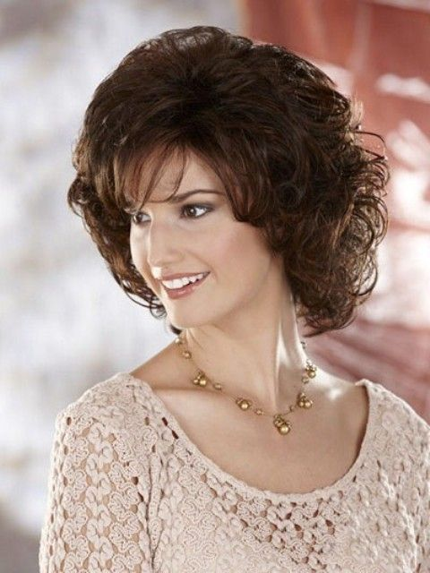 Trendy Medium Length Hairstyles for Round Faces   PICTURES ...