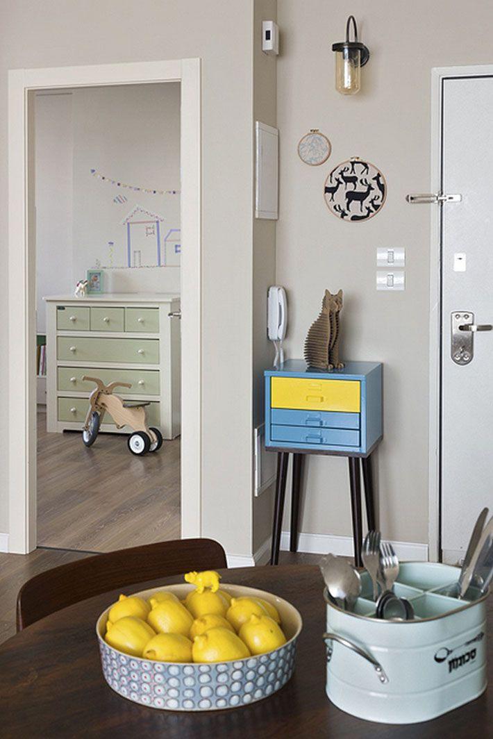 Decoração: Apartamento moderno com toques retrô