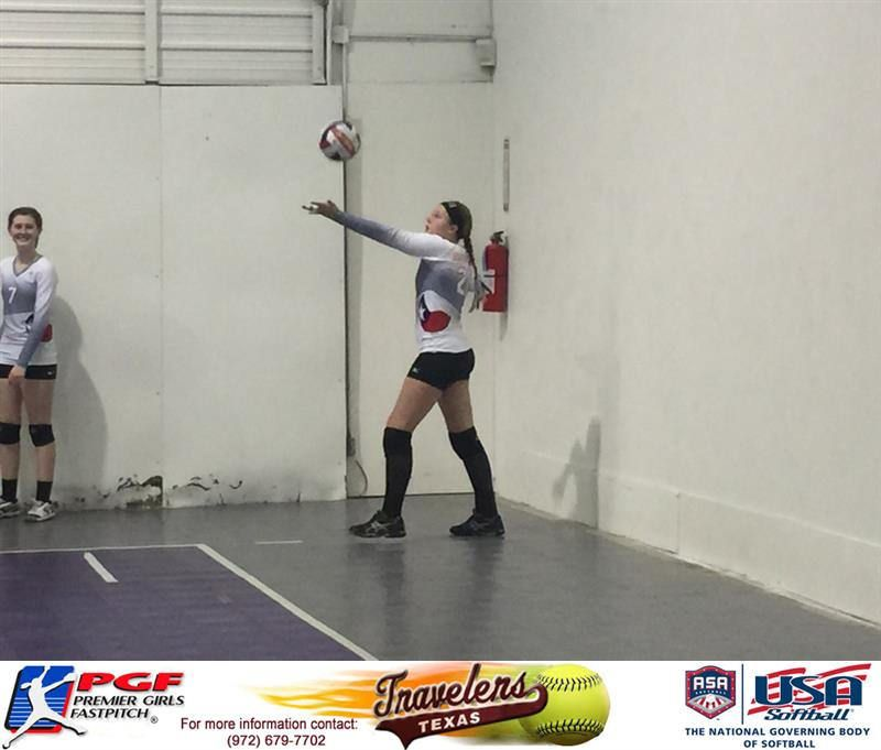Elizabeth Schaefer Pitcher For The Texas Traveler Serves 23 In A Row To Help Texas Assault Top Club Volleyball Team Earning The Win Volleyball Team Softball Coach Fastpitch Softball