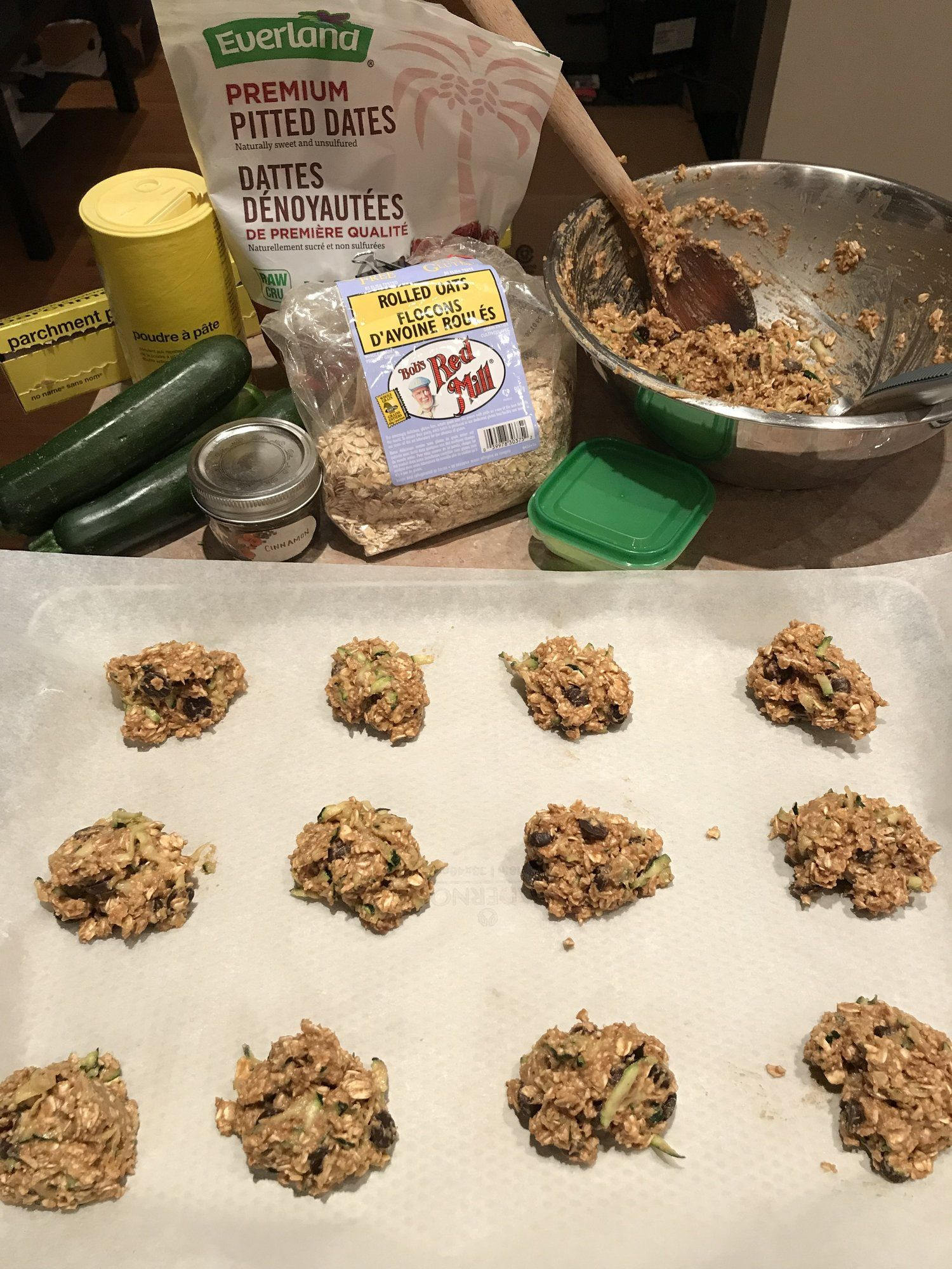 Zucchini Bread Muffin Tops From The Oh She Glows App Luna Yoga Montreal Live Stream Jivamukti Yoga Flo Teacher Training Zucchini Bread Muffins Zucchini Bread Zucchini