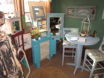 cute homegoods for great prices.. located in downingtown at Pearl's Market.