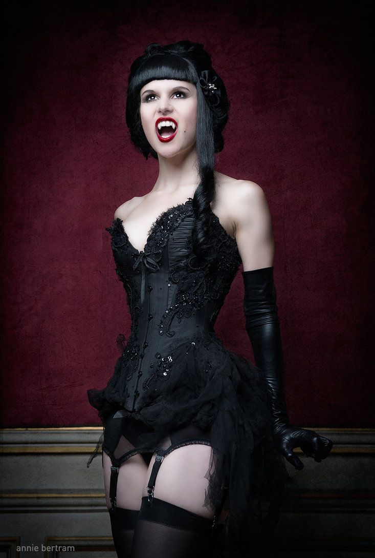 Hgm international sexy goth vampire dracula adult halloween costume