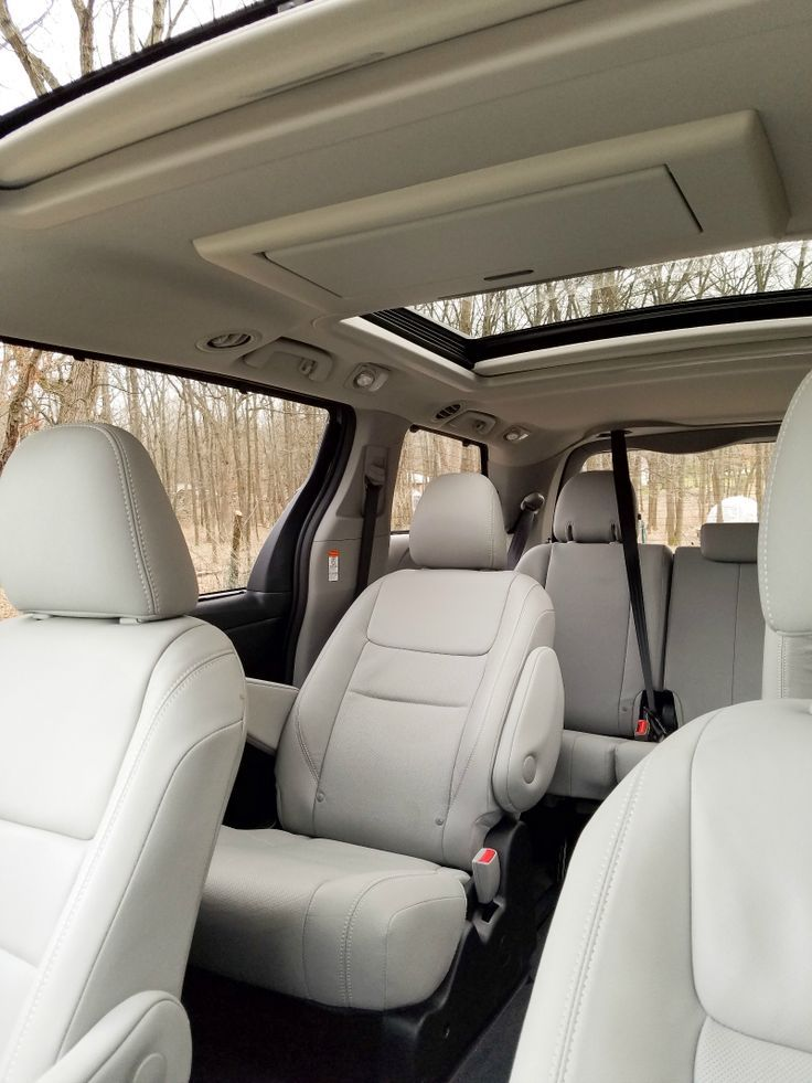 Strange This Vehicle Can Organize Your Life 2017 Toyota Sienna Ncnpc Chair Design For Home Ncnpcorg