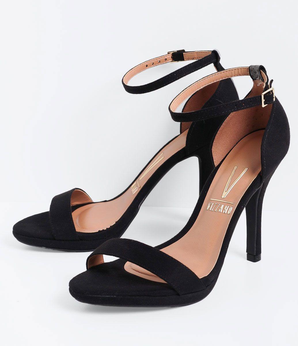 cb6a66865 Sandália feminina Material  sintético Com calcanhar fechado Marca  Vizzano  Com tornozeleira Salto alto COLEÇÃO