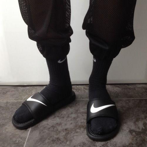 transatlántico Carteles católico  ❅↝☽ ραʅҽ & ρɾσυԃ ☾↜❅ | Nike fashion sneakers, Sneakers fashion, Socks and  sandals