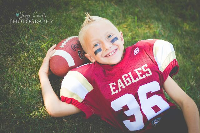 Attn All Cheerleaders And Football Players Here Comes Natalie And Tristen Red Bluff Ca Anderson Ca Child Photographer Football Photography Football Poses Football Kids