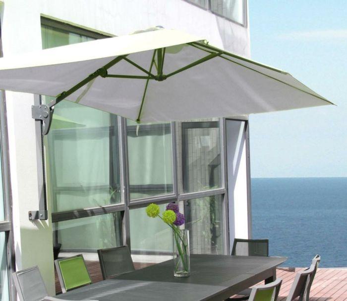 parasol mural pour ombrager votre tarrasse ou balcon balcon pinterest. Black Bedroom Furniture Sets. Home Design Ideas