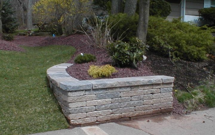 Retaining Wall For Corner Of Driveway Outdoor Landscaping