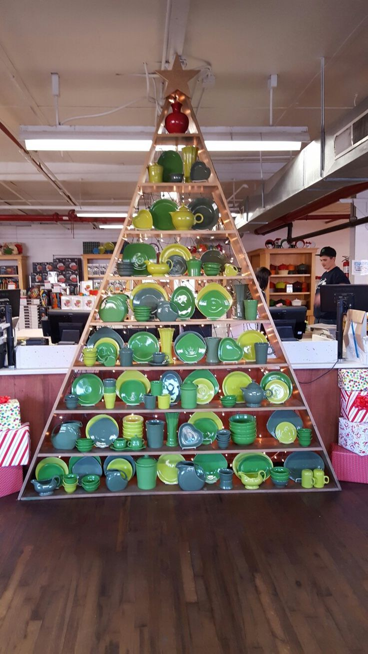 christmas tree made of fiesta dinnerware at homer laughlin retail factory outlet in newell west virginia christmas 2016 - Christmas Decorations Factory Outlet
