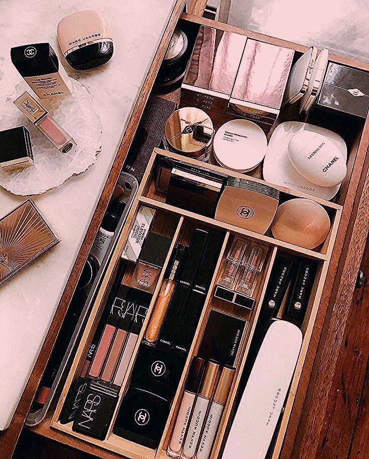 Photo of Glück ist eine perfekt organisierte Make-up-Schublade – #regram Kel Mc