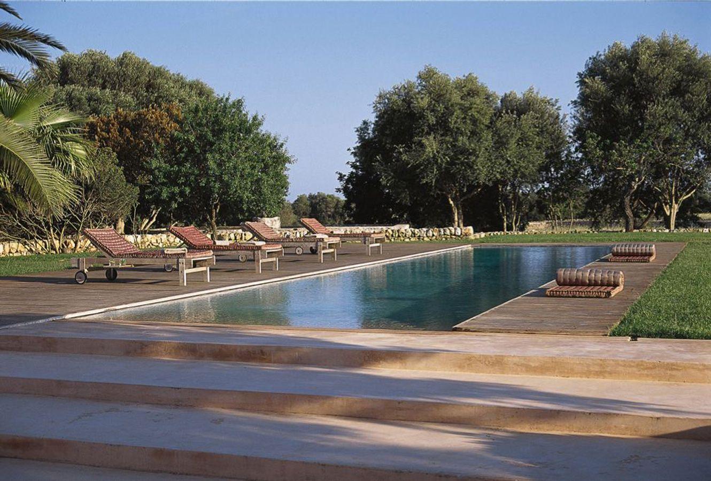 Swimming pools  Q EN BLEU: HOUSE RENOVATION IN MALLORCA