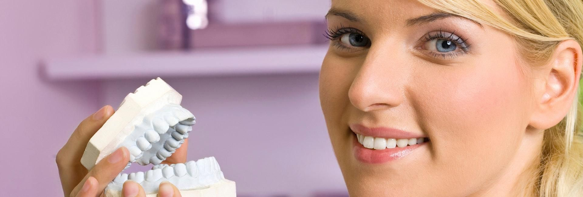 There are lot of benefits of Cosmetic dentistry, but it is