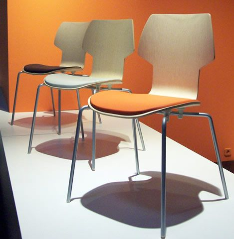 M114 GRACIA Chair designed by Jorge Pensi