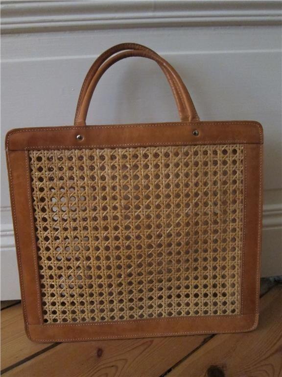 Palmgrens klassiska väska i rotting + naturfärgat läder. Vintage ... f03f0c9fe820b