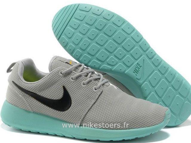 Nike Roshe Run Chaussure pour Femme Gris Bambou Roshe Run Noir Femme