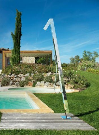 Zenit Q70 Mix Extra Duschsaule Fur Den Aussenbereich Mit Einhebelmischer 70x70mm Kopfbrause Und Handbrause Merkmale Anschluss Outdoor Outdoor Decor Pool