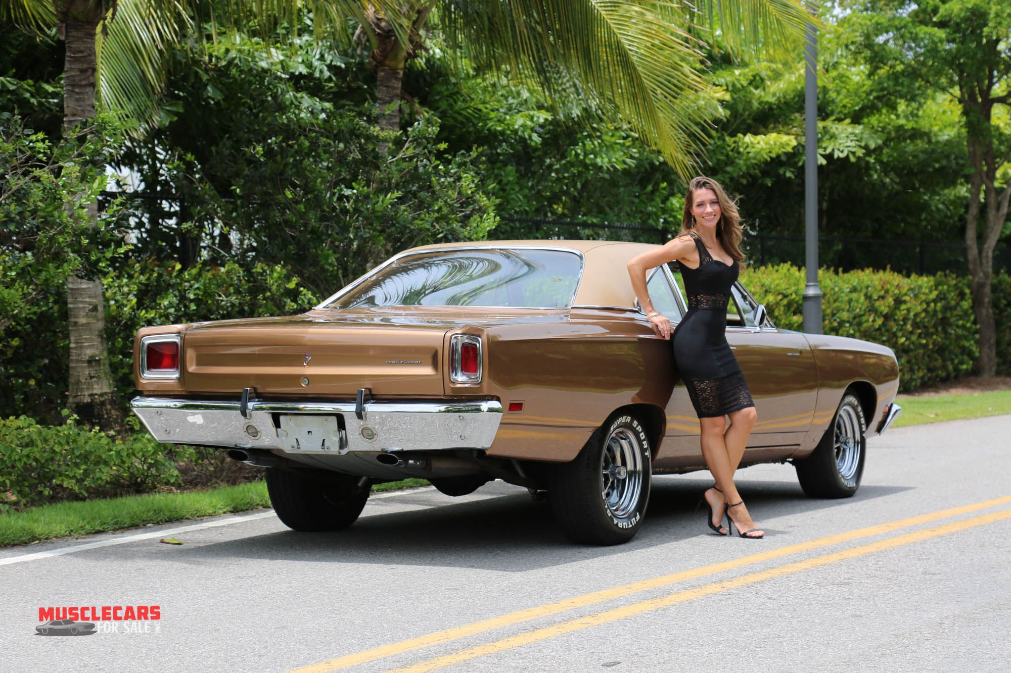 Muscle car girl with images muscle cars car girl
