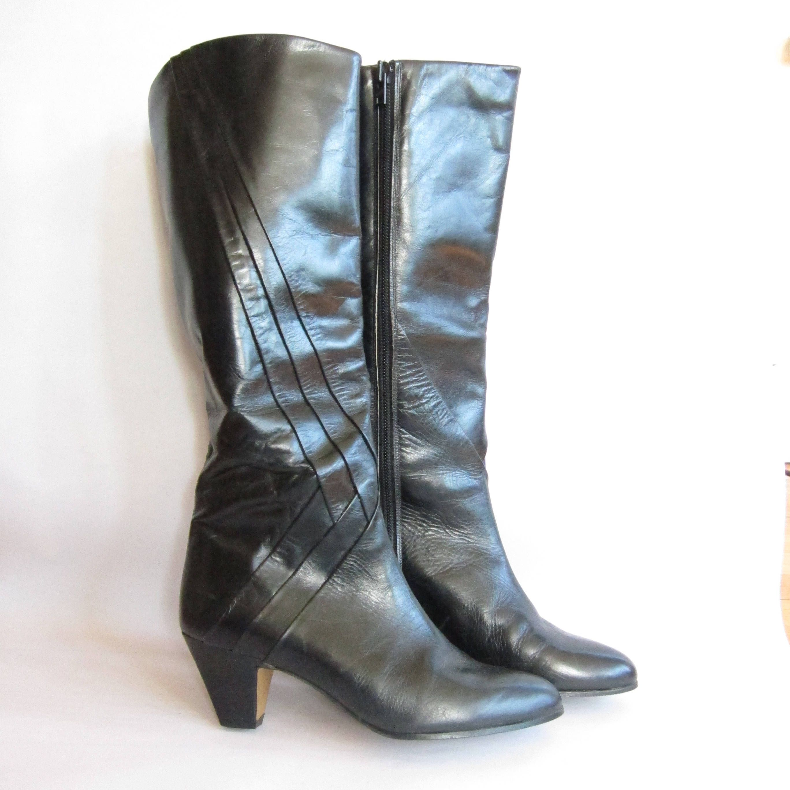 f593f4499c49 Vintage 1980s Black Leather Boots with Pleated Stripes / 80s High Heel Boots  Vaneli Made in Spain Size 6.5 by BasyaBerkman on Etsy