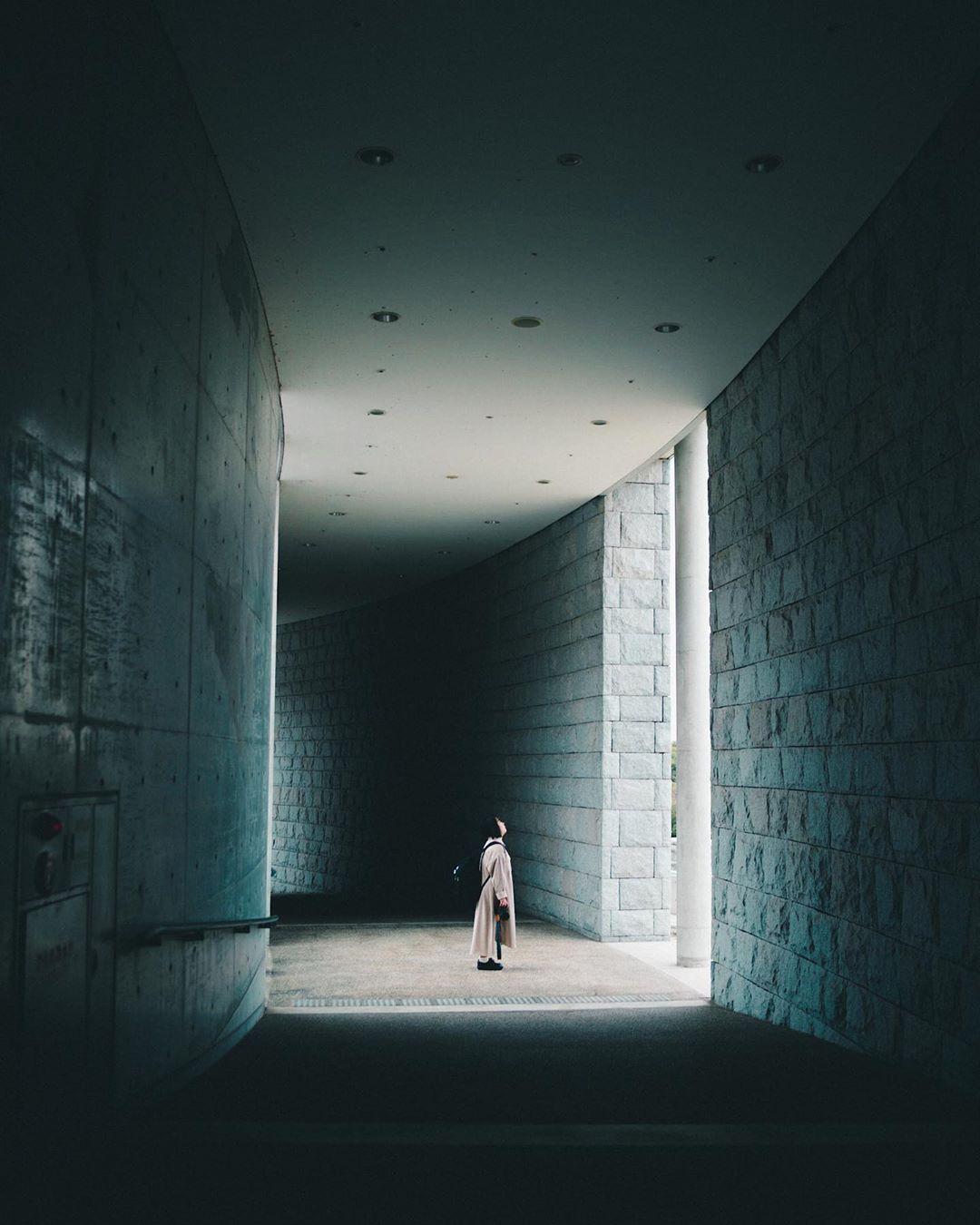 "Ryunosuke Imakubo on Instagram: "". 『独』 . . 1人の時間は多すぎると寂しいが 少な過ぎると疲れる . . 僕は1人の時間多い方が好き 考えることが好きだから😌 . . location: 明石海峡国営公園 model: @natchan14173 . . . ━━━━━━━━━━━━━━━━━…"""