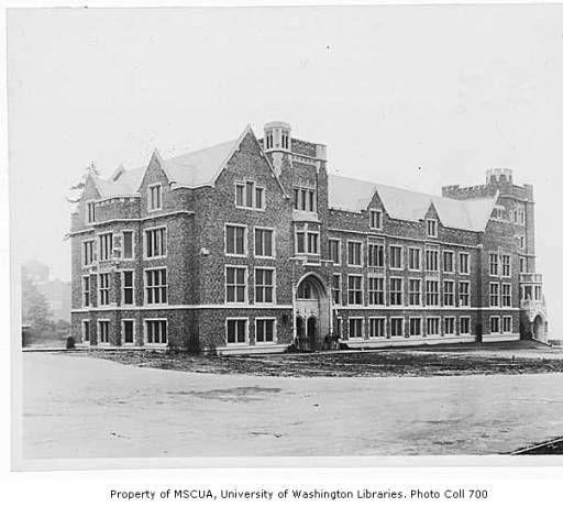 Mary Gates Hall Physics Hall Showing Southwest Side University Of Washington Ca 1930 Uw Campus Collection University Of Washington Gate Campus