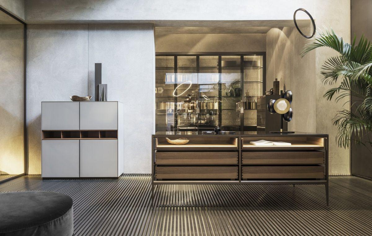 Kast Voor Glazen : Rimadesio isola luxe vrijstaande kast met glazen display notenhout