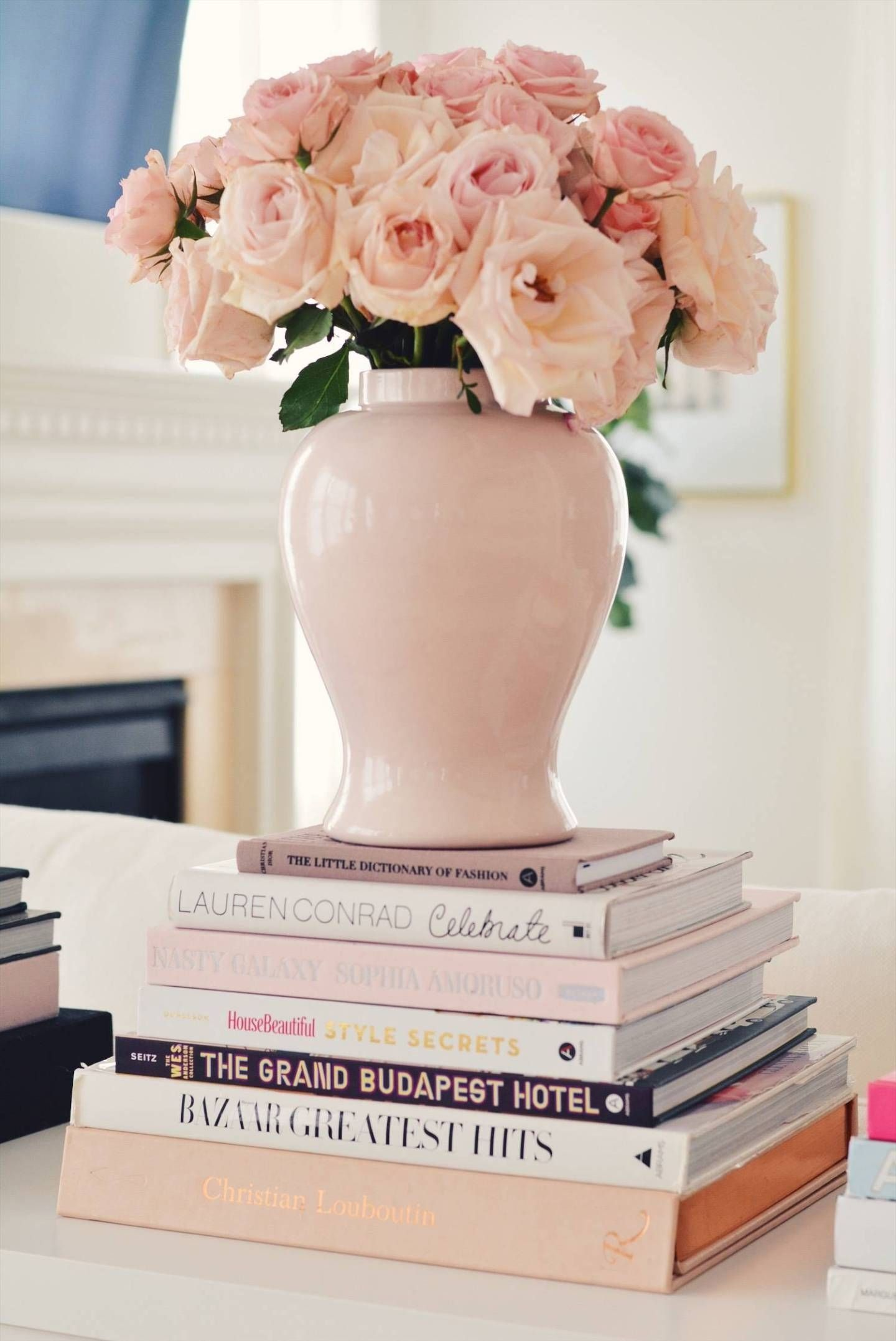 Coffee Table Books Round Up The Pink Dream 1000 In 2020 Coffee Table Books Decor Best Coffee Table Books Decorating Coffee Tables