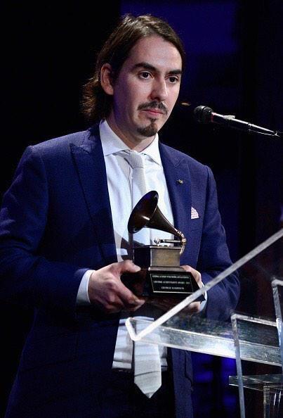 The Beatles Polska: Dhani odebrał nagrodę Grammy dla George