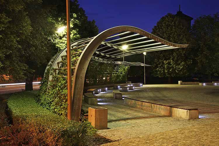Untraditional Modern Arbor In 2020 Pergola Designs