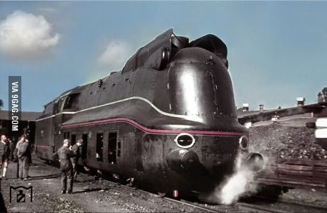 A rare color photograph showing the brand new 03 1081 Reichsbahn train at Bw Amstetten / Lower Danube. (20 September 1940)