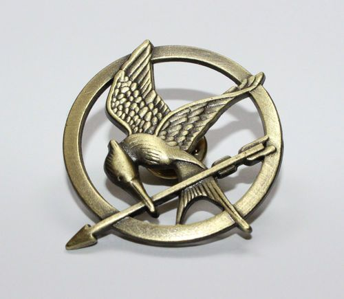 THE HUNGER GAMES - Mockingjay Bird Pin Badge - Bronze - BRAND NEW | eBay