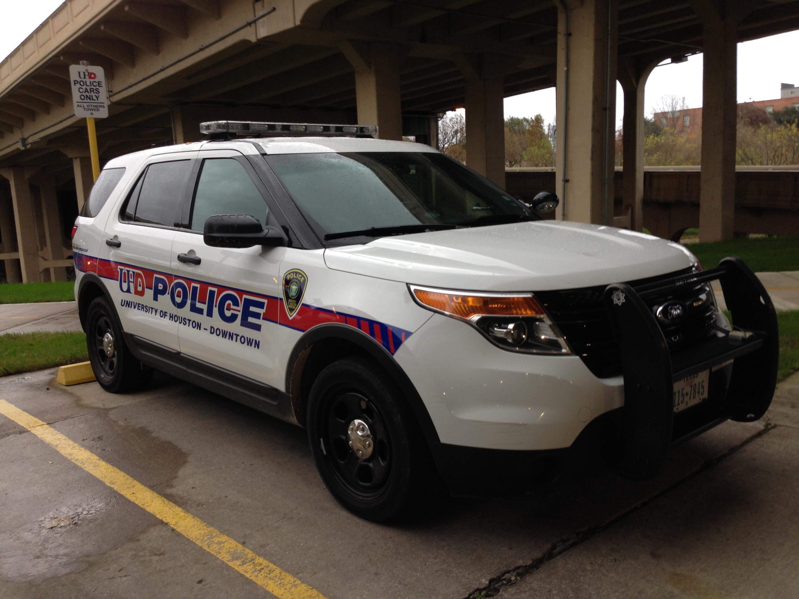 University Of Houston Downtown Ford Suv Ford Suv Houston Police Ford Police