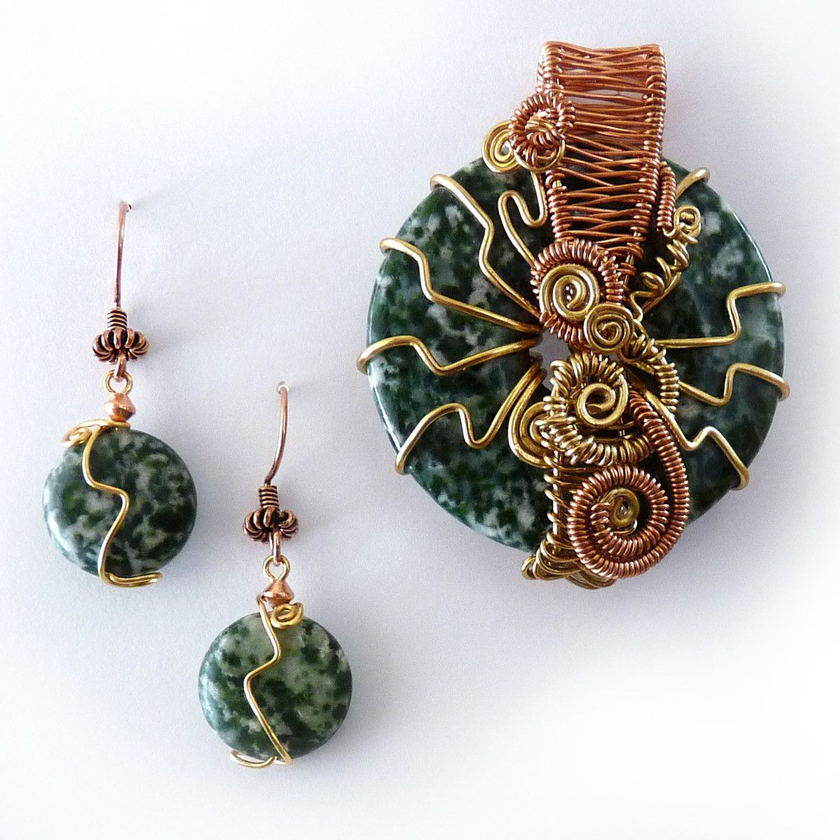 Tree Agate Wire Weave Donut Pendant | Wire weaving, Tree agate and ...