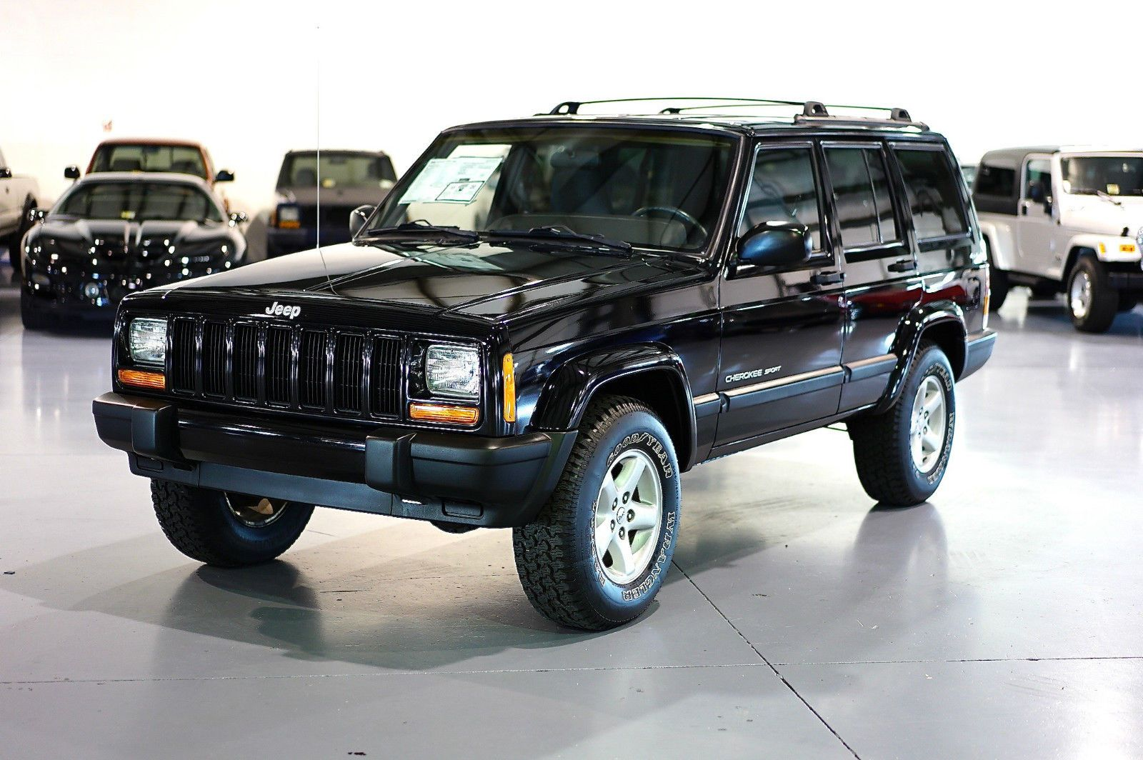 Pin by Car Auctions on JEEP Jeep cherokee, Jeep cherokee