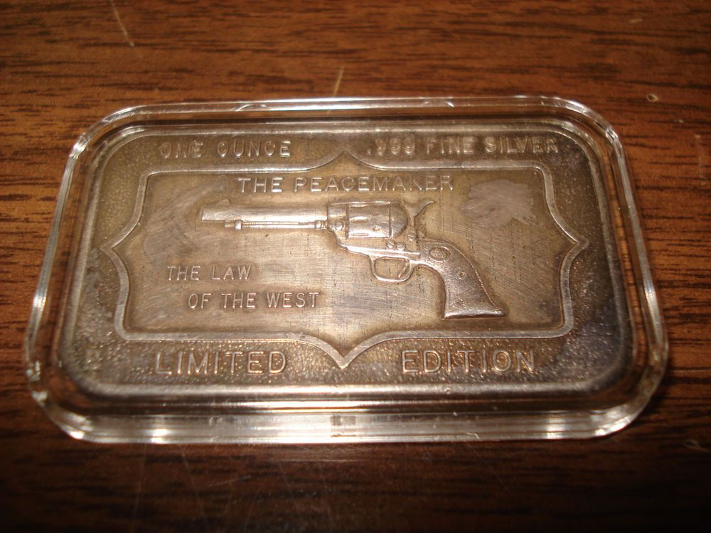 1 Oz 999 Silver Bar The Peace Maker The Law Of The West Silver Bars Silver Peace