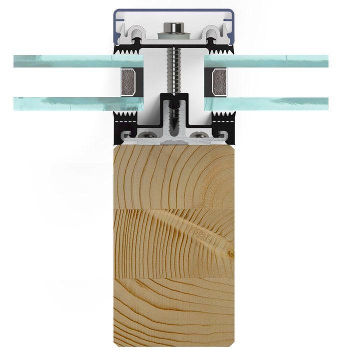 Stabalux AK permet un travail rapide et facile. Le canal de vissage est fixé au moyen de vis sur l'axe médian du profil bois. Une isolation thermique exceptionnelle – sans isolant supplémentaire.