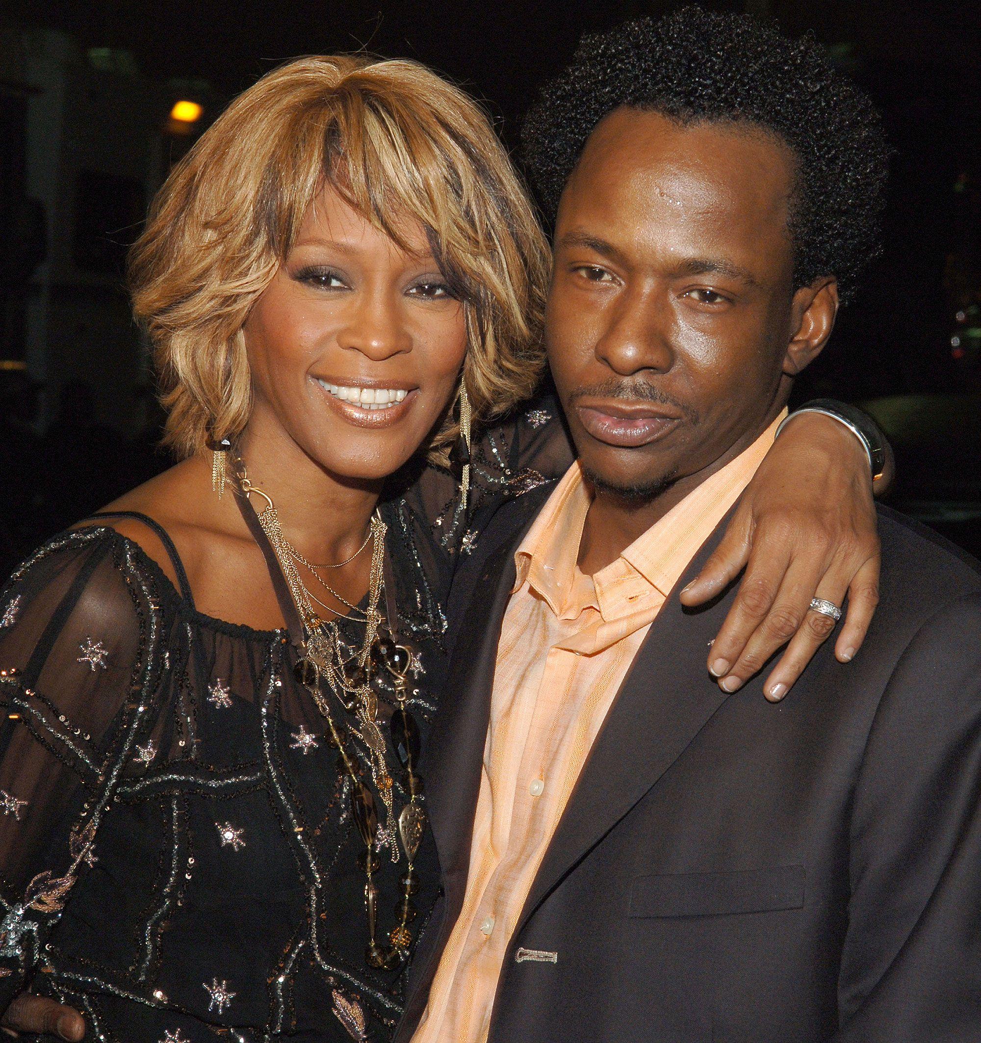 Bobby Brown Wants To Slap Kanye West For Using Photo Of Whitney Houston S Drug Strewn Bathroom Whitney Houston Bobby Brown Celebrities