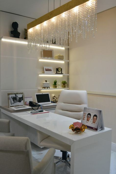 Escritório, Clínica Dermatológica Dra. Fernanda Martins - Projeto Rubatino Arquitetura. #Office #escritório Oral Care Food