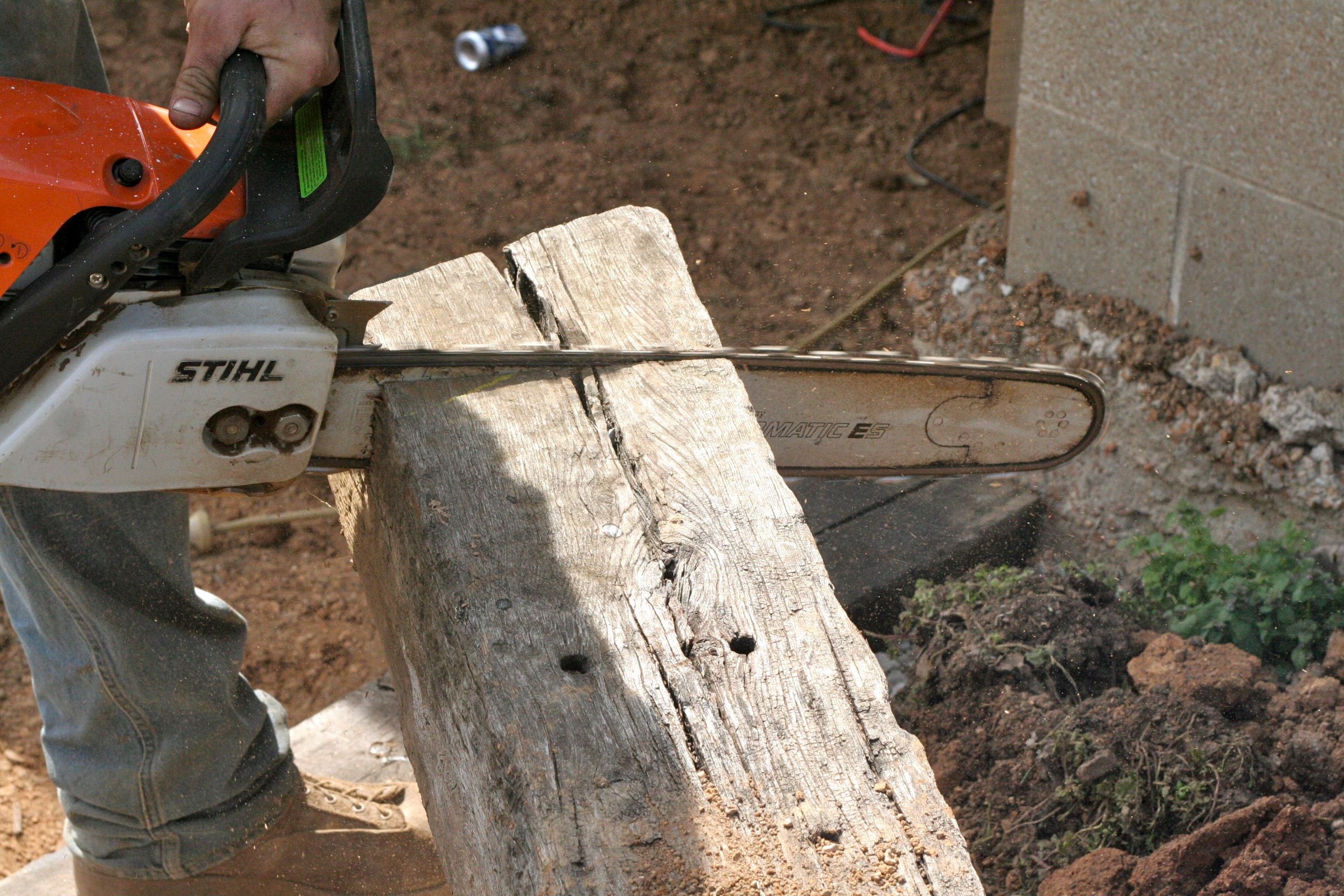 How to build a railroad tie retaining wall | Railroad tie