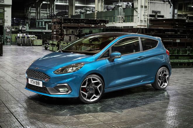 Ford Fiesta ST Gets Three-Cylinder Engine, Tears it Up in New Video - Motor Trend