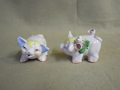 Vintage Pink Standing Cheerful Pig Sisters Salt And Pepper Shakers Ceramic